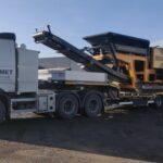 Transportirovka drobilki betona